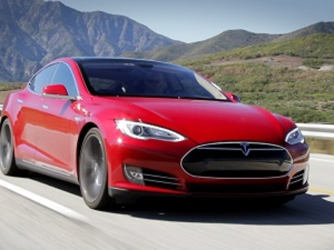 """Is this car worth the hype?"" Tesla Model S Review"
