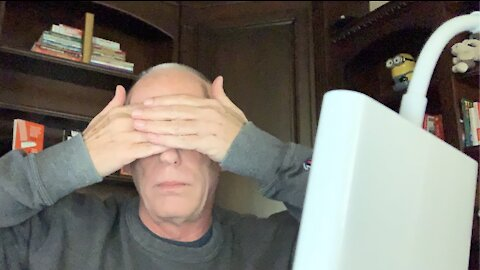 Episode 1534 Scott Adams: Lots of Cognitive Blind Spots in the News Today. Goes Well With Beverage