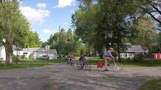 Bike train helps East Lansing elementary school students get to school safely