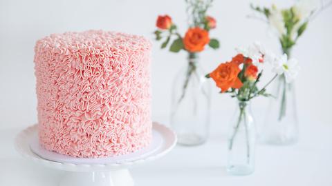 Ruffle cake made easy!