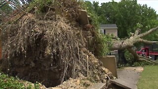 Thousands still without power after Wednesday's storm