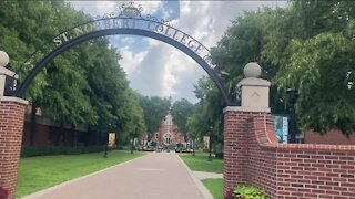 St. Norbert College now requiring everyone on campus to wear masks indoors