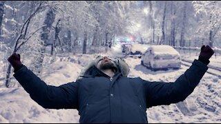 7 Best Hacks To Survive Canadian Winter
