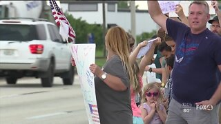 Group protest mask mandate for schools in Lee County