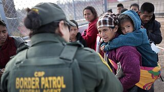 Suit Demands Improved Conditions For Children in Border Facilities