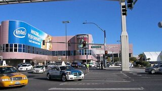Las Vegas to open first large-scale drive-through vaccine clinic