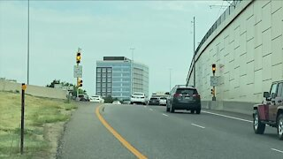 Why aren't the meter lights on the interstate on-ramps staggered?