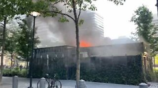 Philadelphia resident films Starbucks fire