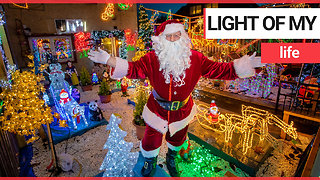 A real-life Santa decked out his home in 3,000 Christmas lights