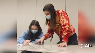 Lee's Summit teacher to be recognized for 'outstanding' work during pandemic