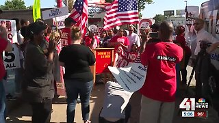 Local groups rally for minimum wage increase