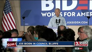 Joe Biden in Iowa looks to connect to the working, middle class