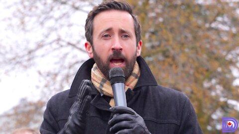 """Establishment parties have completely failed us,"" MP Derek Sloan speaks at Stratford NML protest"