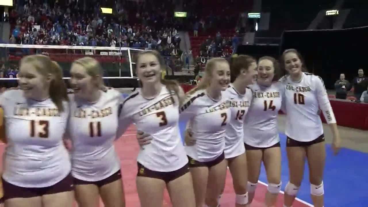 Luxemburg-Casco advances to state volleyball championship