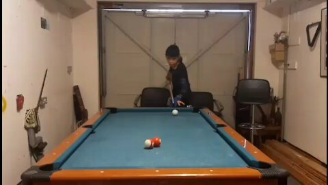 Amazing Pool Trick Shot By 15 Year Old
