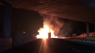 WATCH: Trucks torched in Mooi River overnight (J7b)