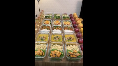 Couple Loses Fifteen Stone Using Meal Prep Portions!