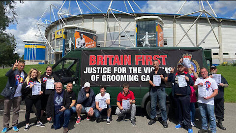 Britain First holds day of action in Hull to raise awareness of grooming gangs!