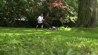 An unlikely friendship for 40 years: Why this Wadsworth man still mows his 7th grade teacher's lawn