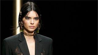 Gigi Hadid, Kendall Jenner: Bangs For Versace