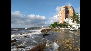 Mar de Fondo en playas de Bocagrande