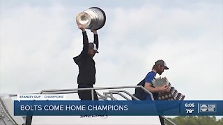 Bolts touch down Tampa Int'l Airport after winning Stanley Cup