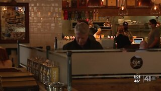 Restaurants struggle to hire new employees