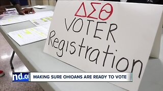 Group helps young voters in Cuyahoga Co. register hours before deadline