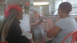 SOUTH AFRICA - Durban - Sign language (Video) (wKz)