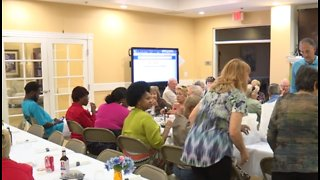 Dinner held to benefit families of crash victims