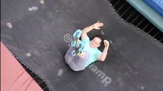 Man pulls spectacular trampoline moves in his backyard
