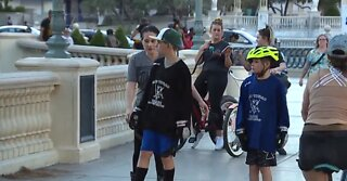 Youth hockey team Rollerblade on Vegas Strip