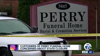 Woman working to get mother's ashes from Perry Funeral Home