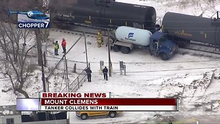 Tanker collides with train in Mount Clemens