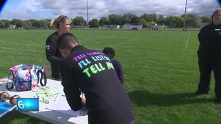 Local students and non-profit raise awareness for mental health