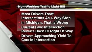Bill clarifying what drivers do at non-working traffic lights heads to Governor