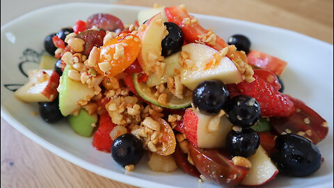 Delicious recipes: Thai spicy mixed fruit salad