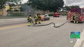 Vehicle fire extinguished in Boca Raton