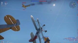 War Thunder - (1.0) HE 51 series bi-plane DOMINATES air battle! 1st place victory