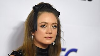 Billie Lourd Remembers Mother Carrie Fisher During May 4 Celebrations