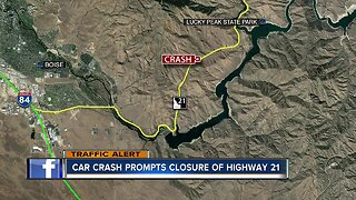 Serious crash closes Highway 21