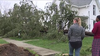 Tornado touched down in Medina County Tuesday night causing EF-1 damage, NWS says