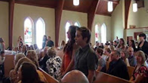 Music Students Pull Off Flash Mob During Wedding Ceremony