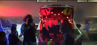 Las Vegas police host trunk-or-treat events this week