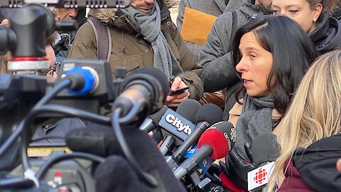 Mayor Tells Montrealers Not To Panic & Says COVID-19 Is 'No Excuse For Discrimination'