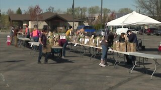 Boise Farmers Market reopens walk-thru market, no vaccine proof or test required