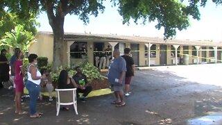 Woman fatally shot at Lantana motel