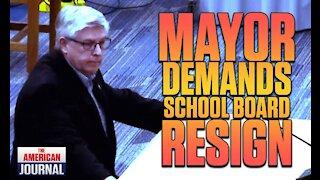 Ohio Mayor Demands School Board Resign Over Pornographic Assignment
