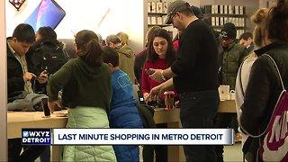 Last minute holiday shopping across Metro Detroit