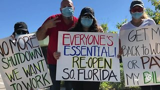 Workers hold protest in West Palm Beach demanding South Florida reopen